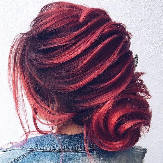 Blog. Home Hair Style Tendenze capelli autunno-inverno 2017 2018  vincono i colori  più audaci e50aa248dc72