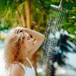 doccia in spiaggia